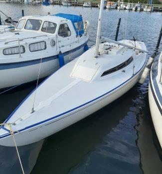 Artekno H-båd sælges